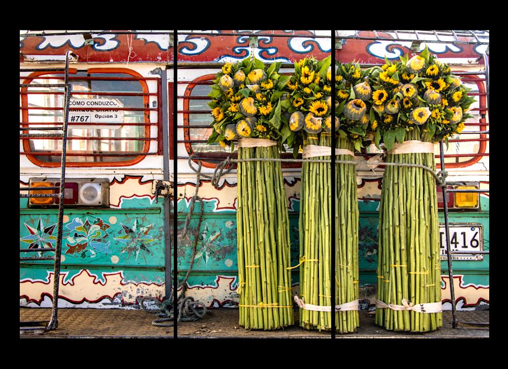 triptych chiva flowers