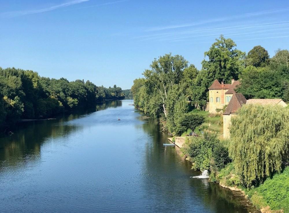 France Retreat OUtside River