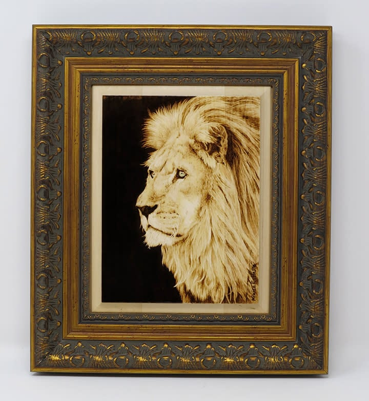 lion with frame