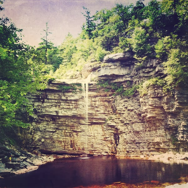 awosting falls image