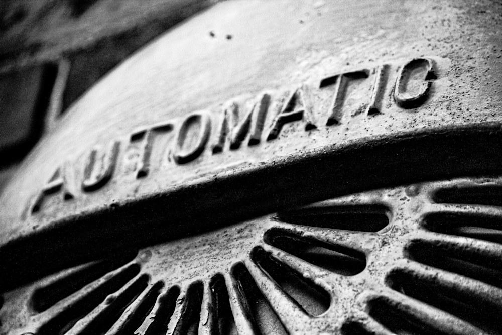5549 automatic b & w