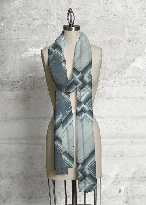 b:gray scarf