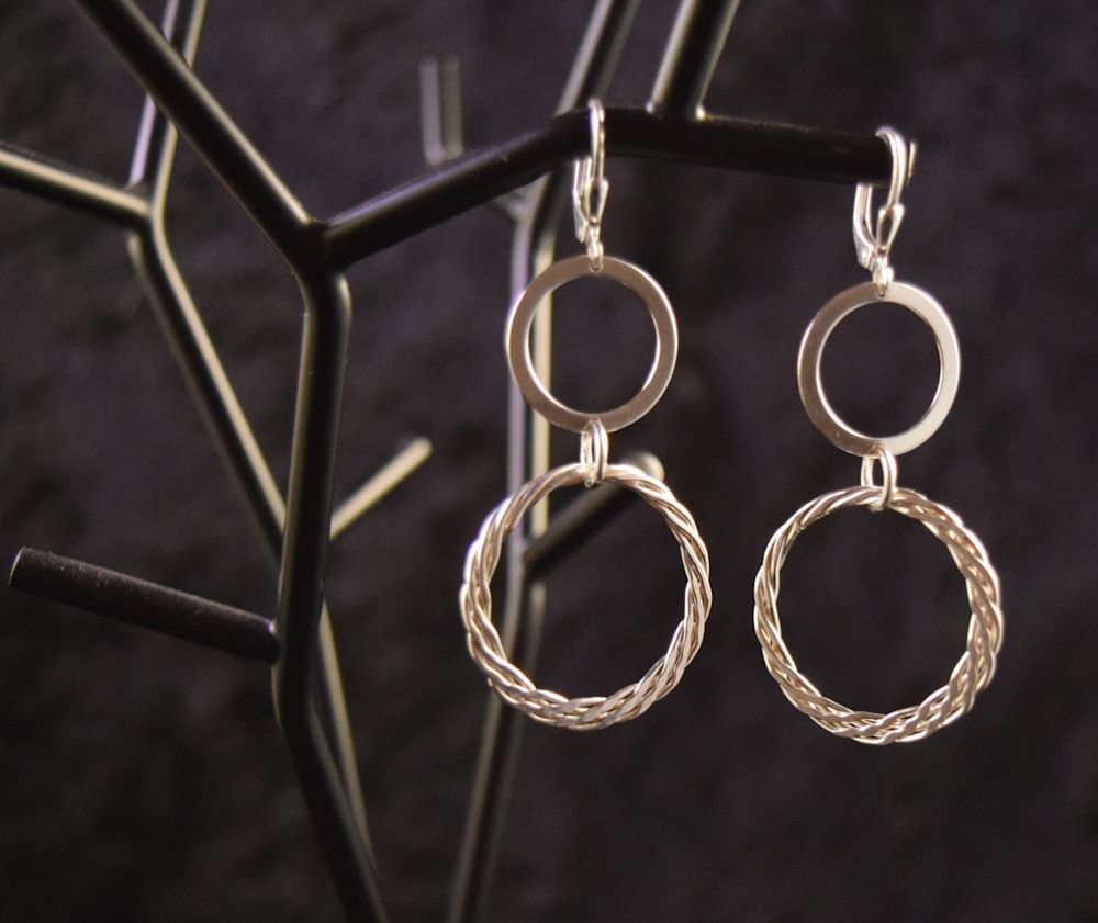 SVE014 double twisted round dangling earrings 925 silver 2