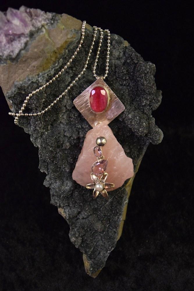 SVNL004 Rosequartz Ruby Pink Kunzite FW Pearls 2