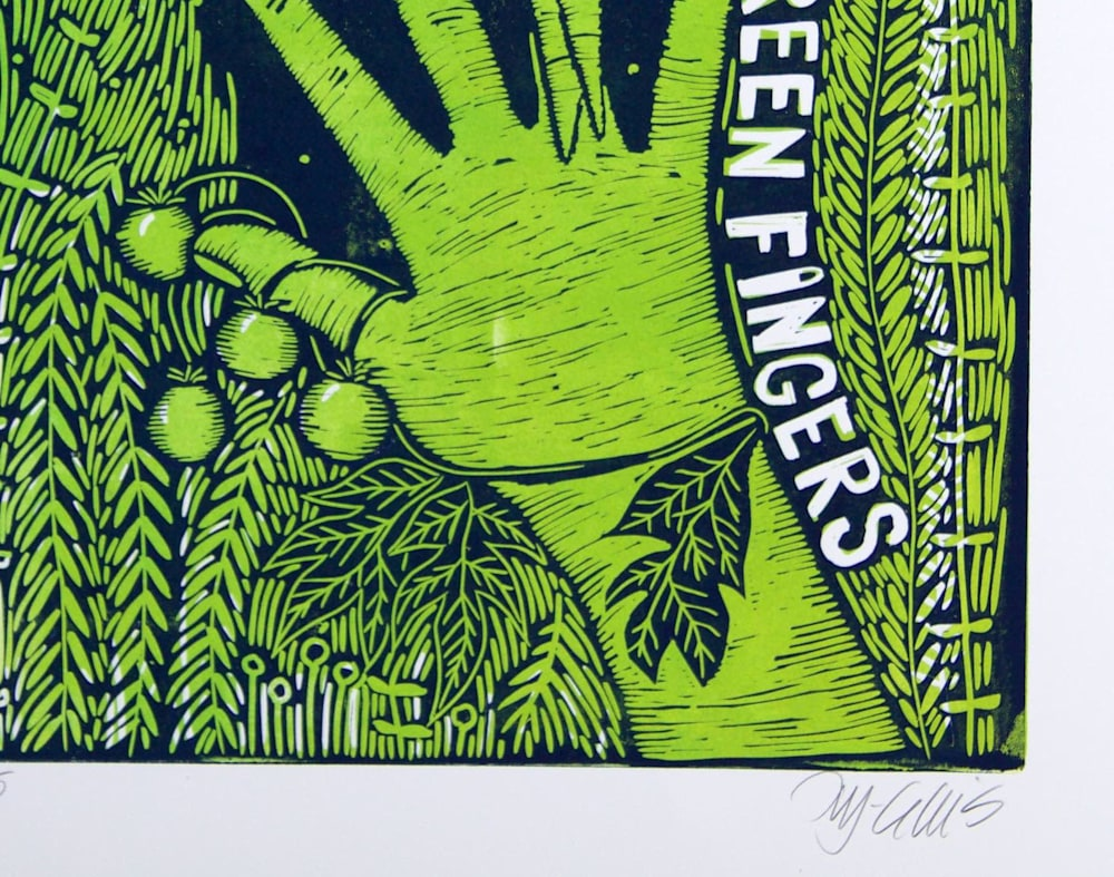 Green fingers sign