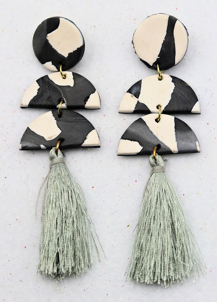 Alicia Calton White Gray Three Station Polymer Clay Earrings $30