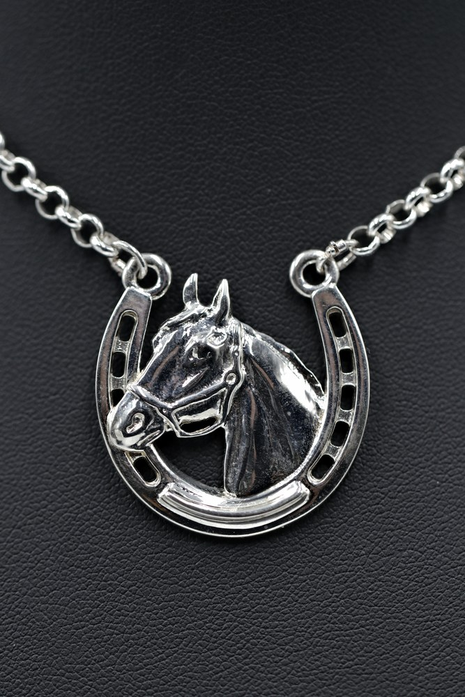 Stephen Johnson Sterling Silver Horsehead on Horseshow High Finish $150 Incl chain