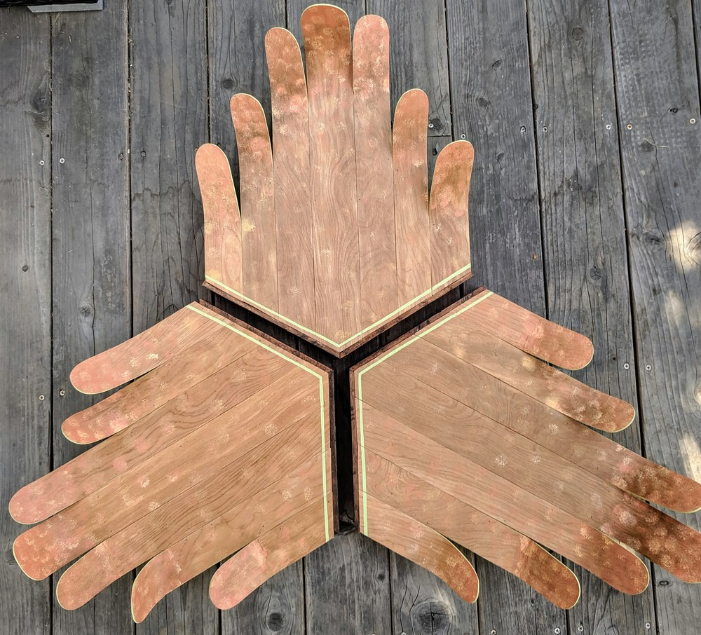 Curved Tri Hands