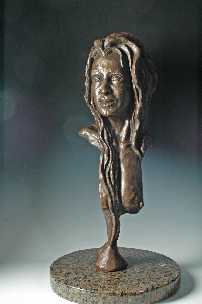 Felina - Female Portrait Sculpture by Eduardo Gomez