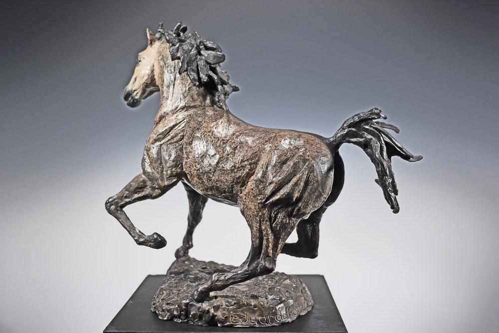 El Moro - Cast Bronze Sculpture of a Horse by Eduardo Gomez - Left