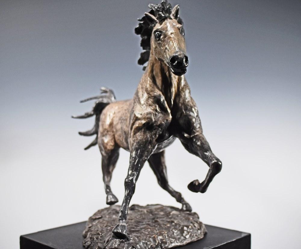 El Moro - Cast Bronze Sculpture of a Horse by Eduardo Gomez - front