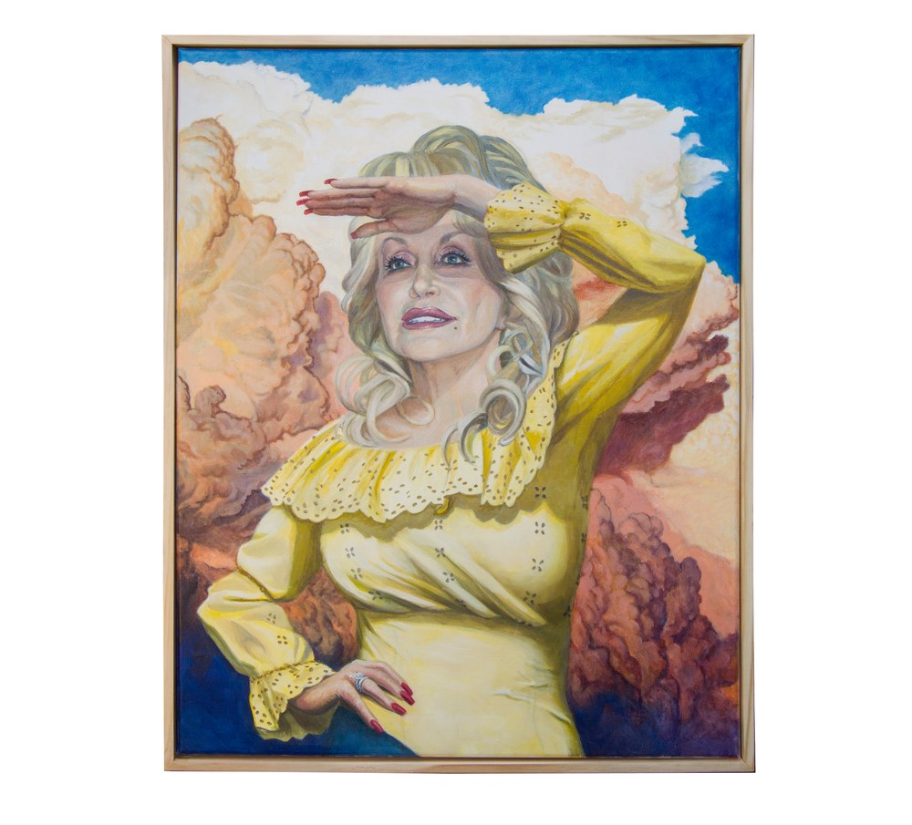dolly looks into the future w frame 2