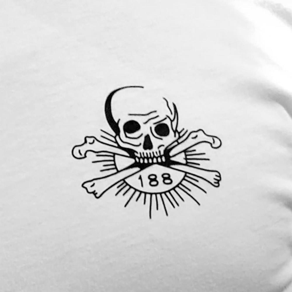 KA Grez Skull and Bones Longsleeve Detail