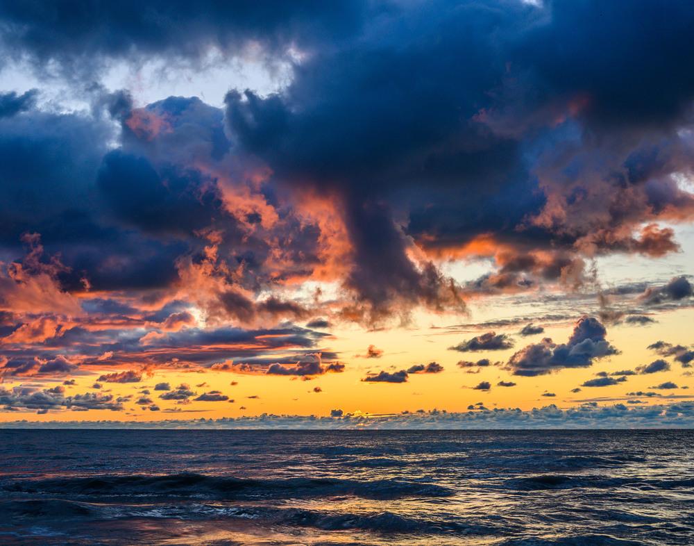 6 Amber Clouds