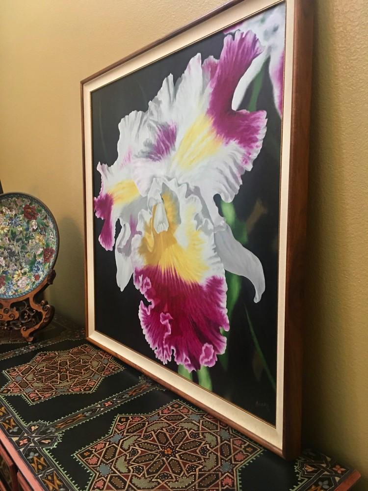 OrchidonBuffetfromside