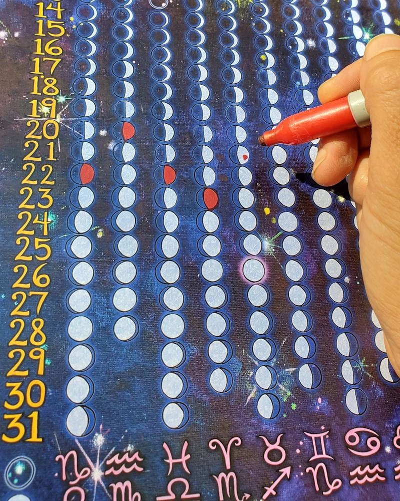 marking 2021 moon calendar