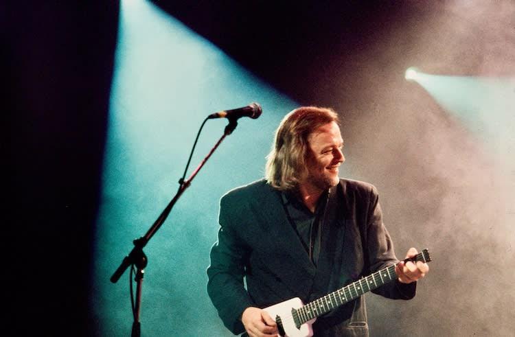 David Gilmour Comic Relief (1)