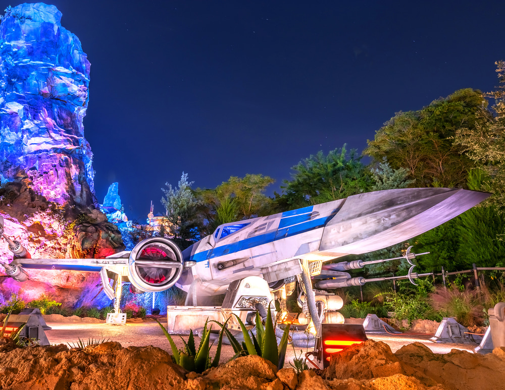02 X Wing Fighter at Batuu