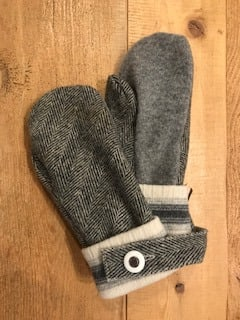 Grey and Cream Tweed Mittens