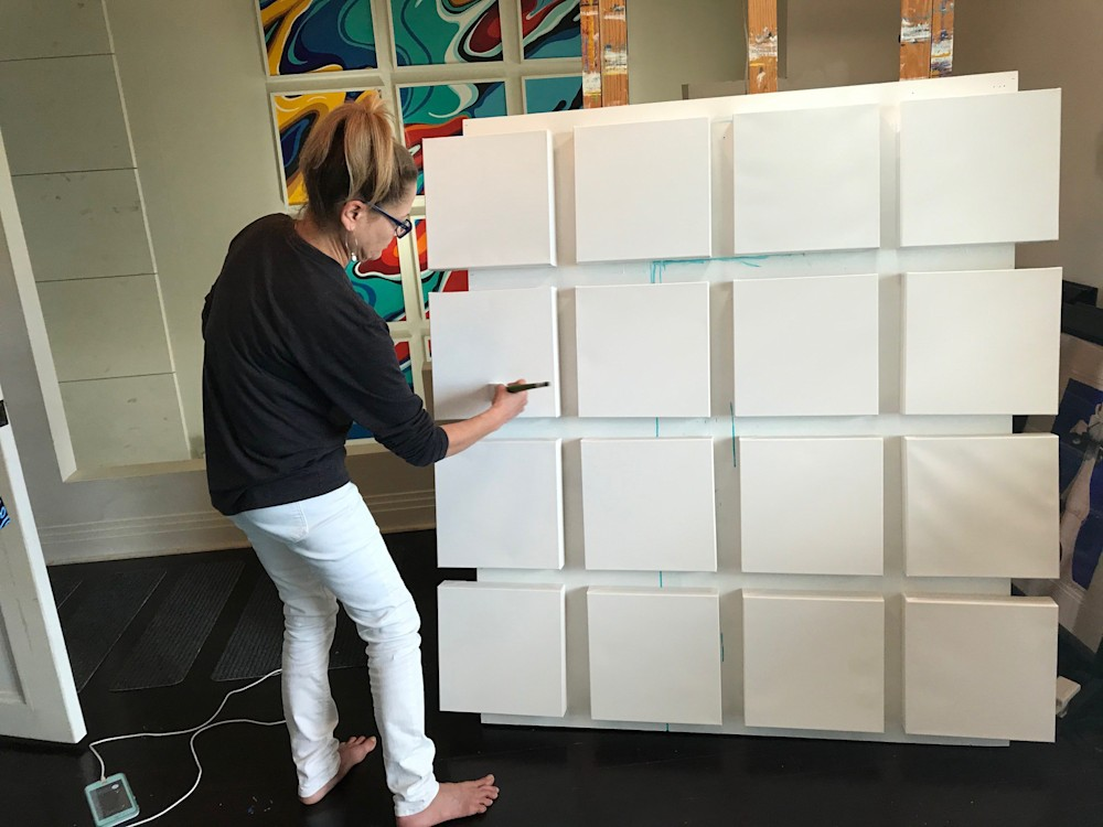 16 Canvases