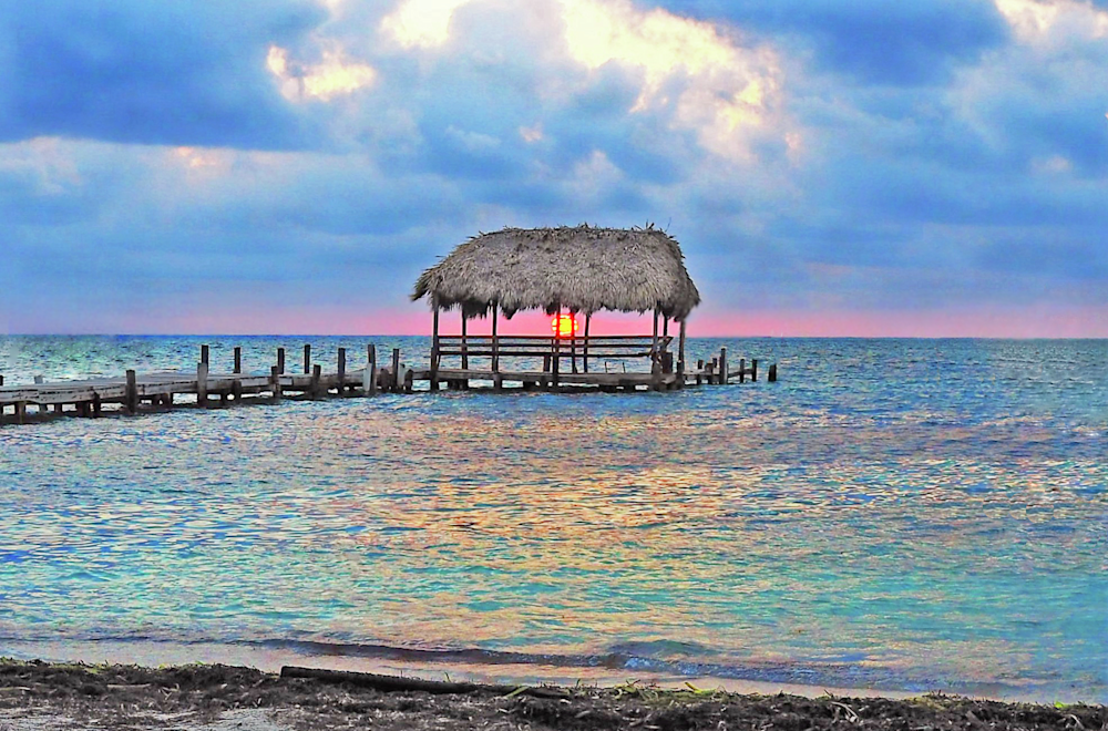 Peekabo Sunrise Cabana Caye Caulker