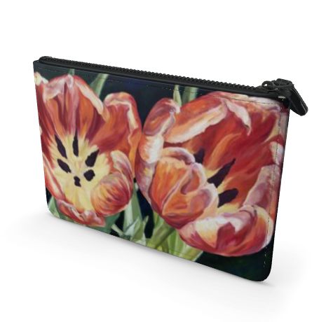 Red tulip clutch front