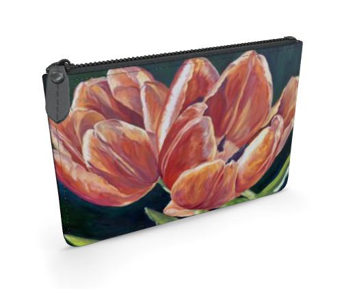 Red tulip clutch