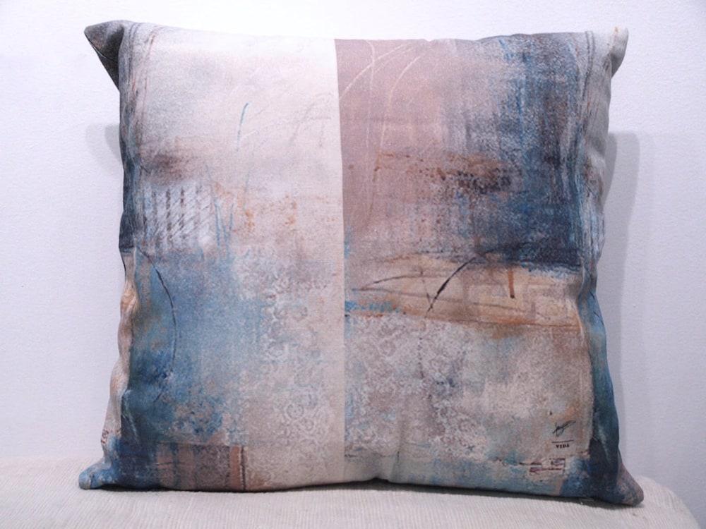 Montasia 2 Pillow j8whpx