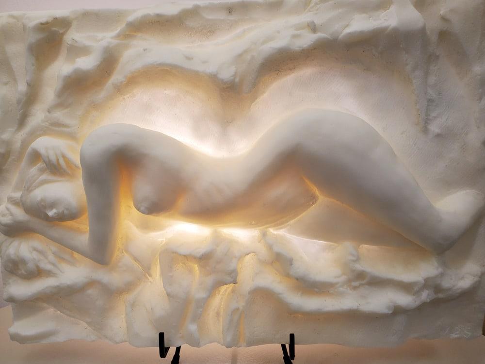 Heaven Bonded marble Halo Sculpture 14