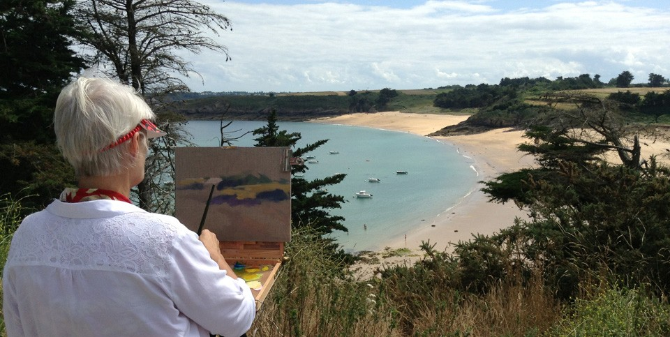 Dorothy Fagan painting plein air in France