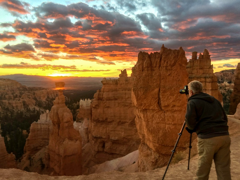 Thomas Schoeller on location at Bryce Canyon, Utah. © Carol Schoeller