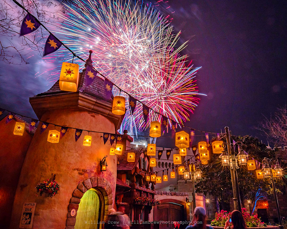 Happily Tangled Finale - Best Disney World Photos | William Drew Photography