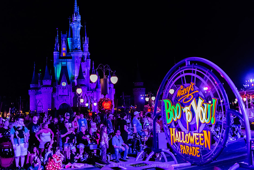 Mickey's Boo To You Halloween Parade - MNSSP Photos | William Drew Photography