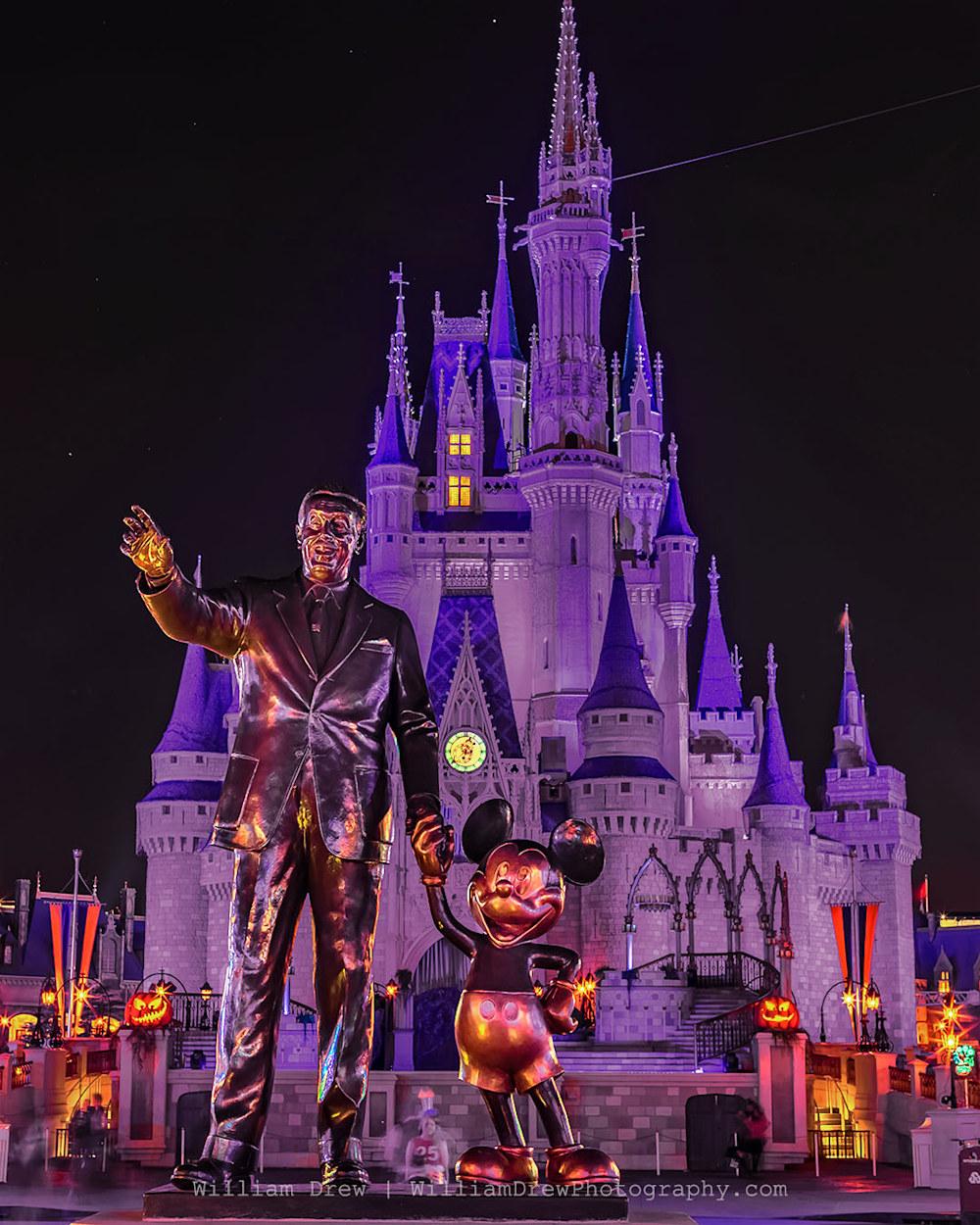 Halloween Partners - Disney Halloween Photos | William Drew Photography