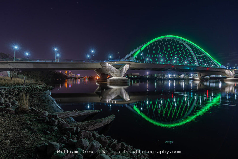 Earth Day at Lowry Bridge in Minneapolis - Pictures of Minneapolis | William Drew Photography