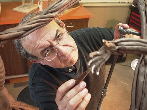 Eduardo Rojas Gomez, Sculptor