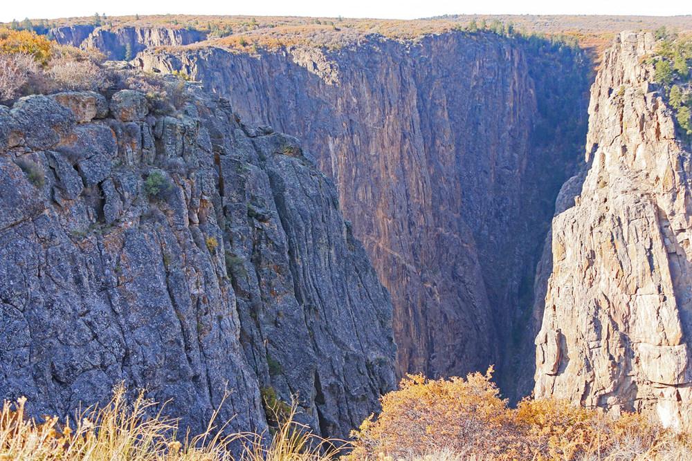 Canyon depth walls