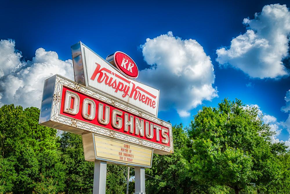 The iconic Krispy Kreme Sign in Atlanta on Ponce de Leon Ave
