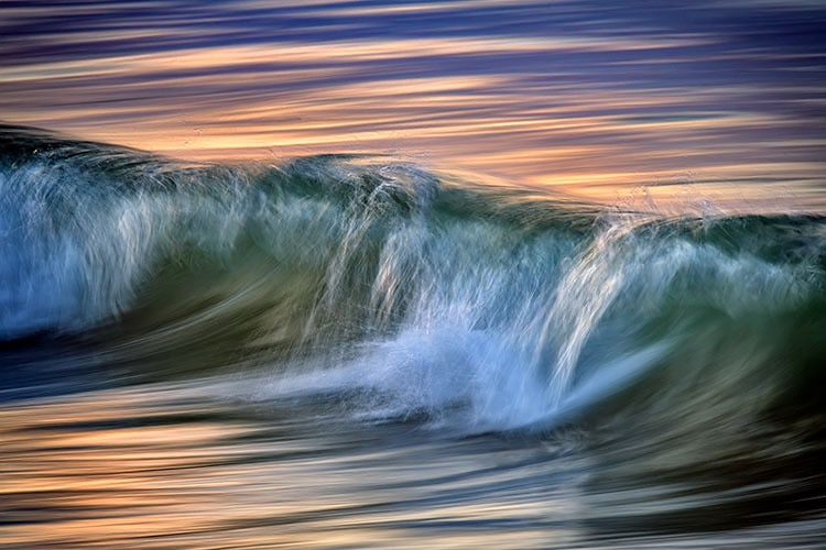 """Breaking Wave"""