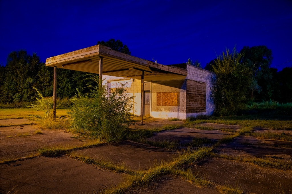 Abandoned Route 66 gas station