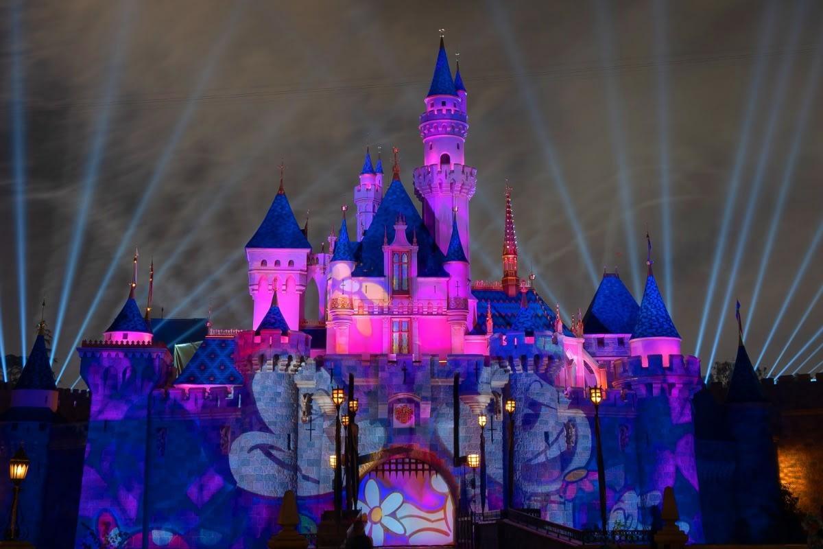 Mickey's Mix Magic With Fireworks Mickey and Minnie