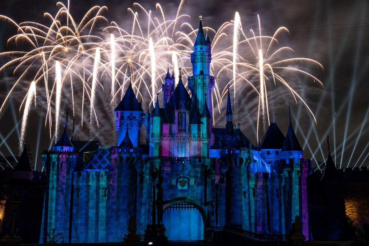 Frozen Park of Mickey's Mix Magic Fireworks