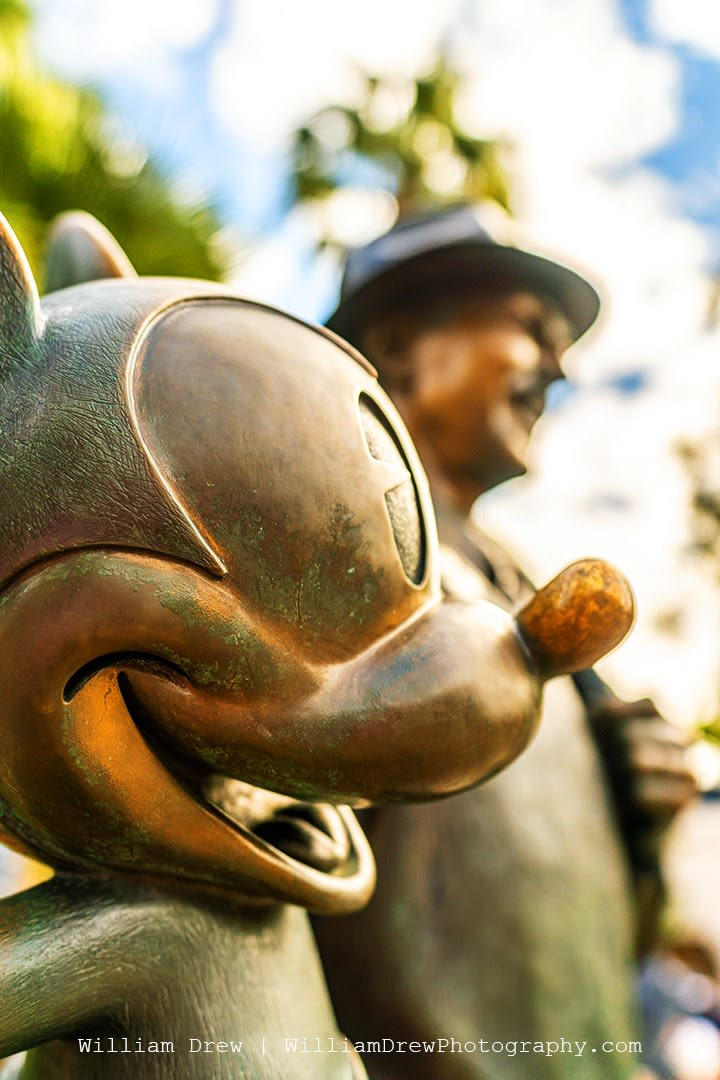 Mickey Mouse Storytellers Statue