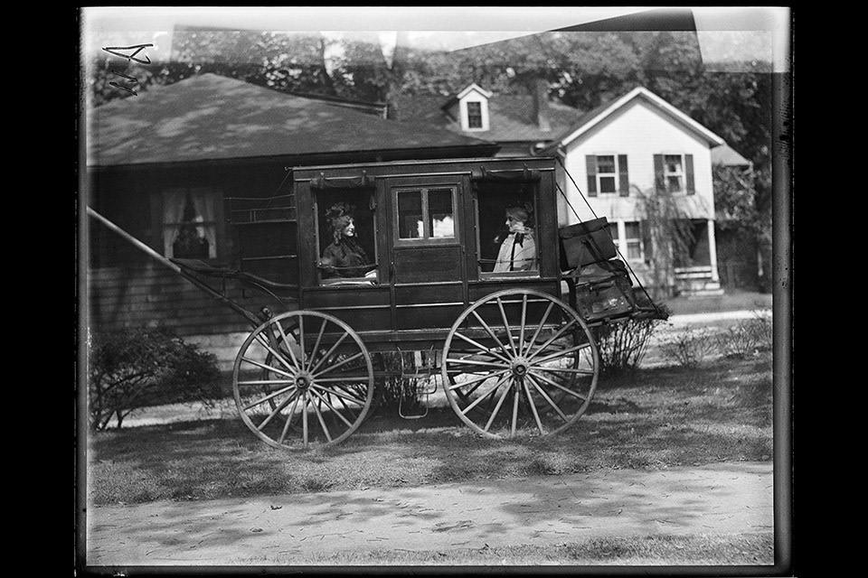 Horse drawn coach 8x10 zvzavw