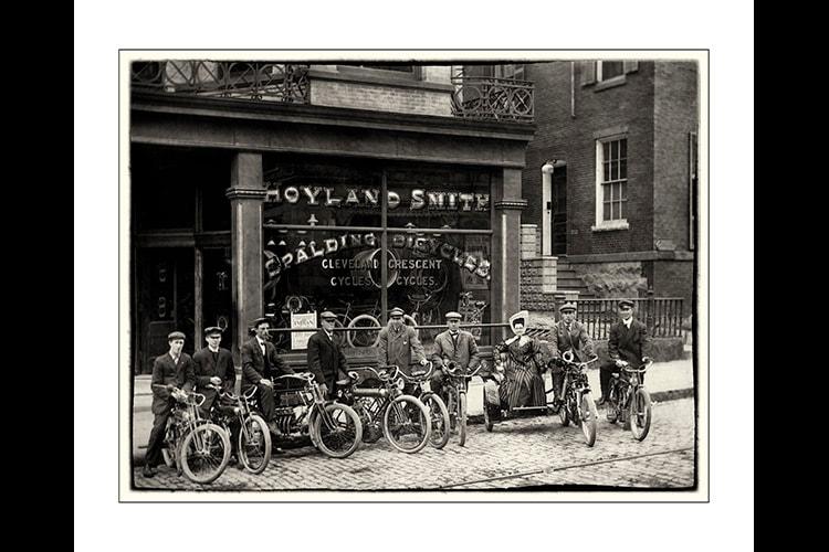Biker chics rule f0napg