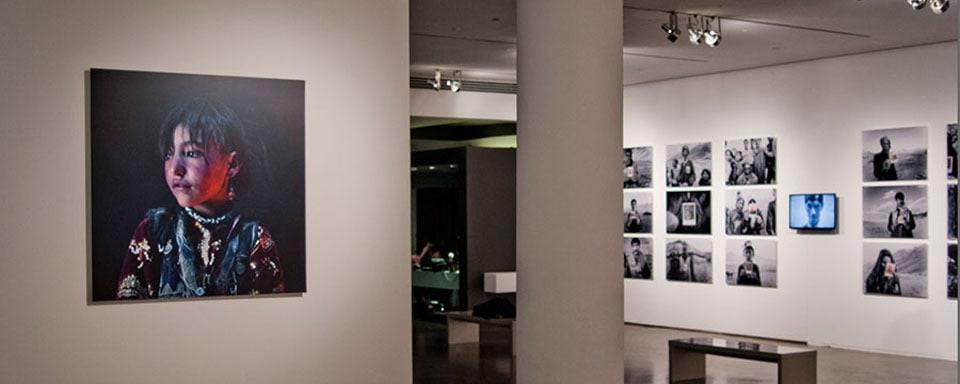 Slide_exhibition_0005_milk_012_eo3cxh