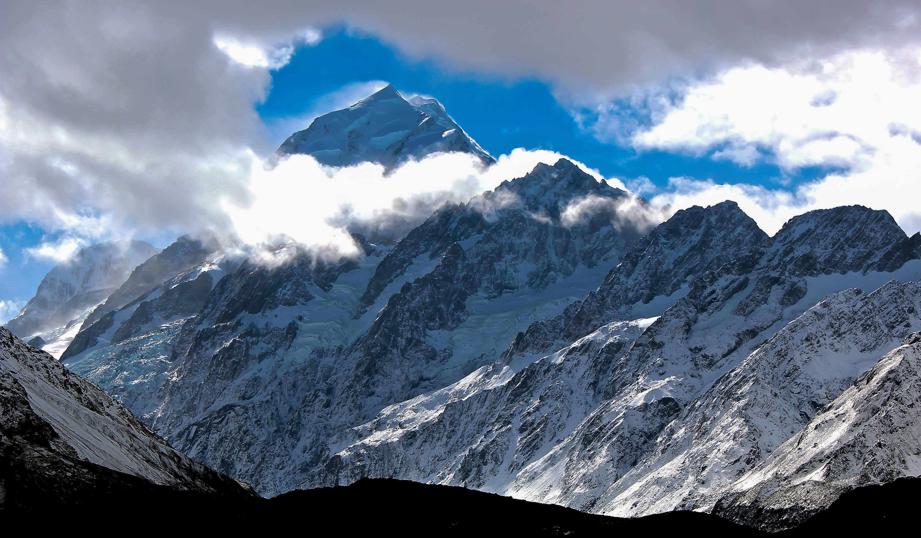 <div class='title'>           Mt Cook's Shadow         </div>                 <div class='description'>           Mt. Cook shrouded in clouds on an early Fall morning. Aoraki National Park, New Zealand. April, 2015.         </div>