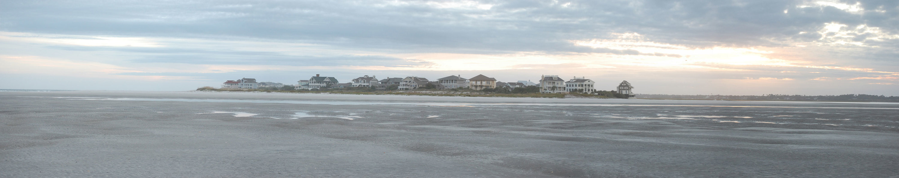 <div class='title'>           Figure 8 Island North Carolina         </div>