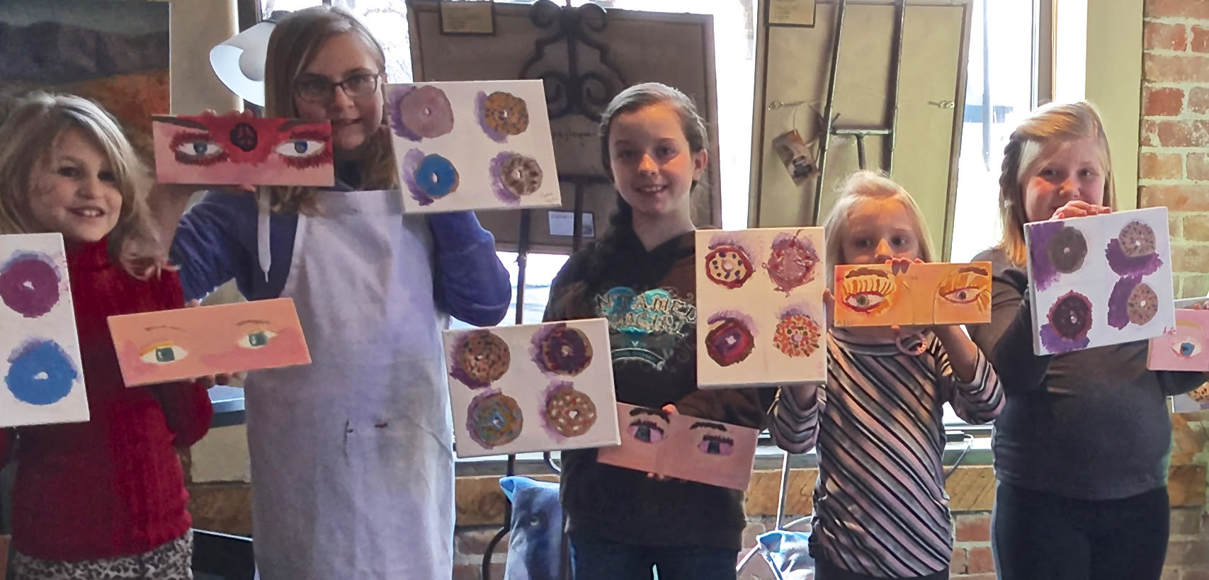 <div class='title'>           Donut kids         </div>