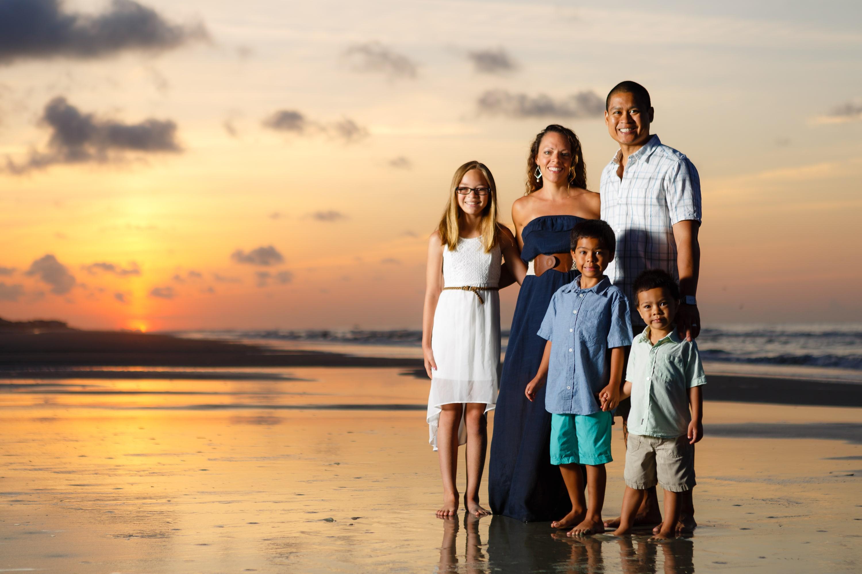<div class='title'>           Rittenhouse Family Beach Portraits 16         </div>